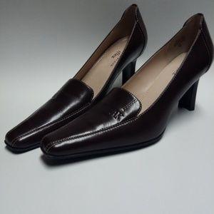 Ak Anne Klein Dress Heels size 7